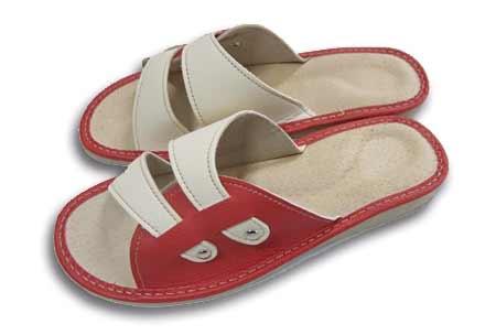 Dámske papuče - model L - veľkosť 36