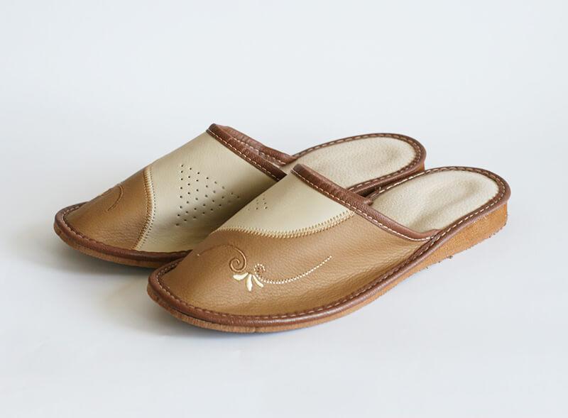 Dámske papuče - model O - veľkosť 39