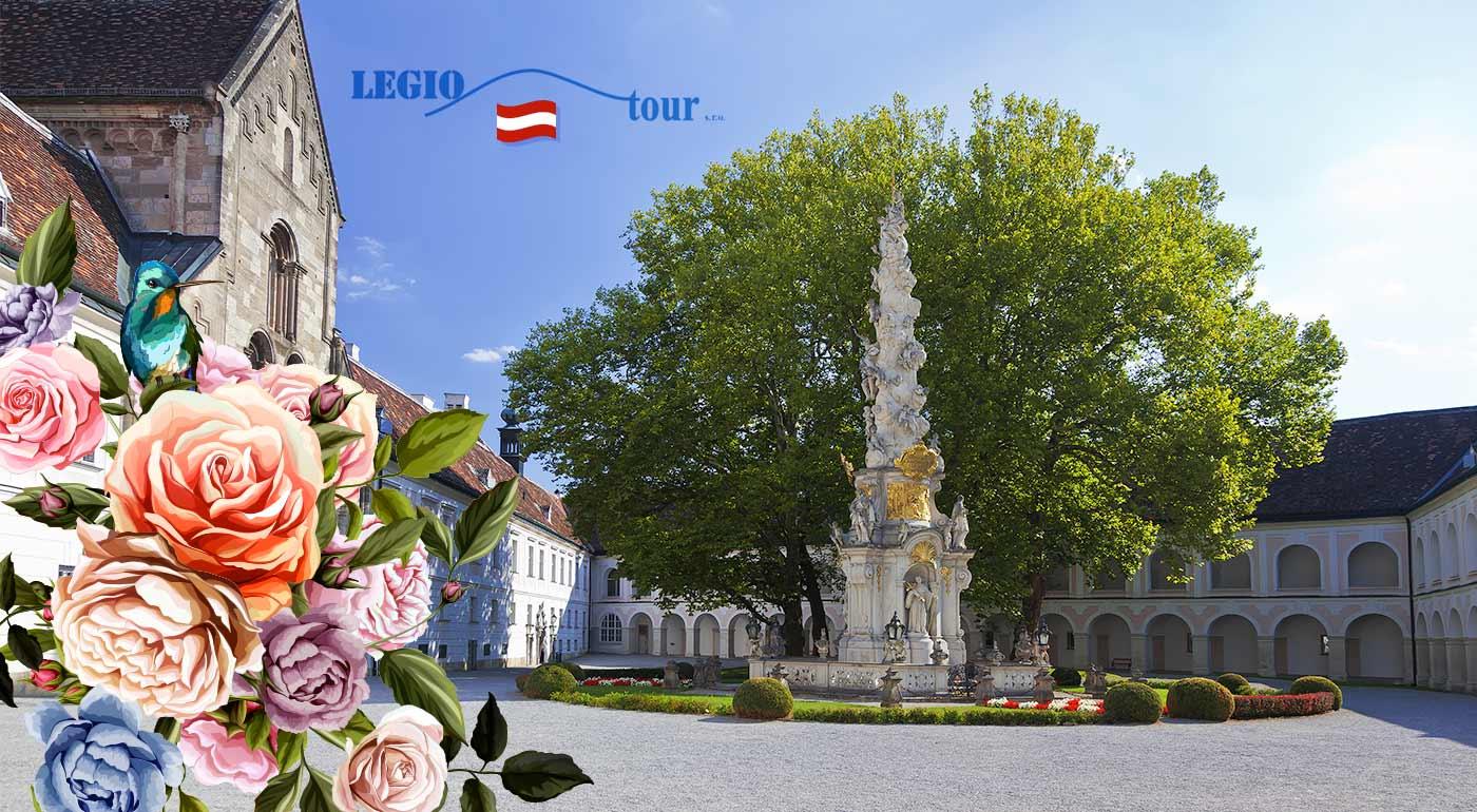 Park kláštora Heiligenkreuz a impozantný festival Dni ruží v rakúskom meste Baden