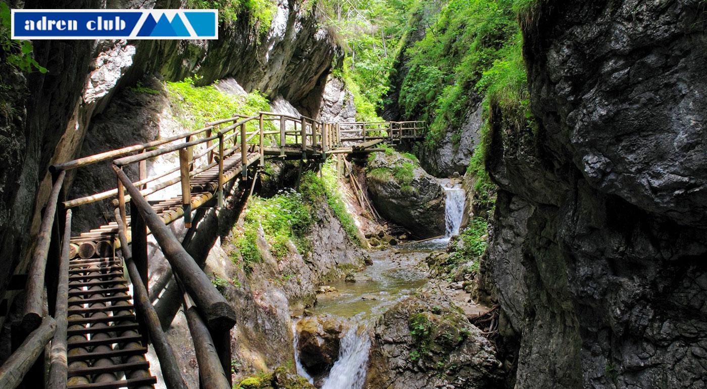 Fotka zľavy: Prekonajte sami seba! Turistika v Medvedej tiesňave – Bärenschützklamm počas 1-dňového víkendového výletu len za 29,90 €! Bude to zážitok na celý život!