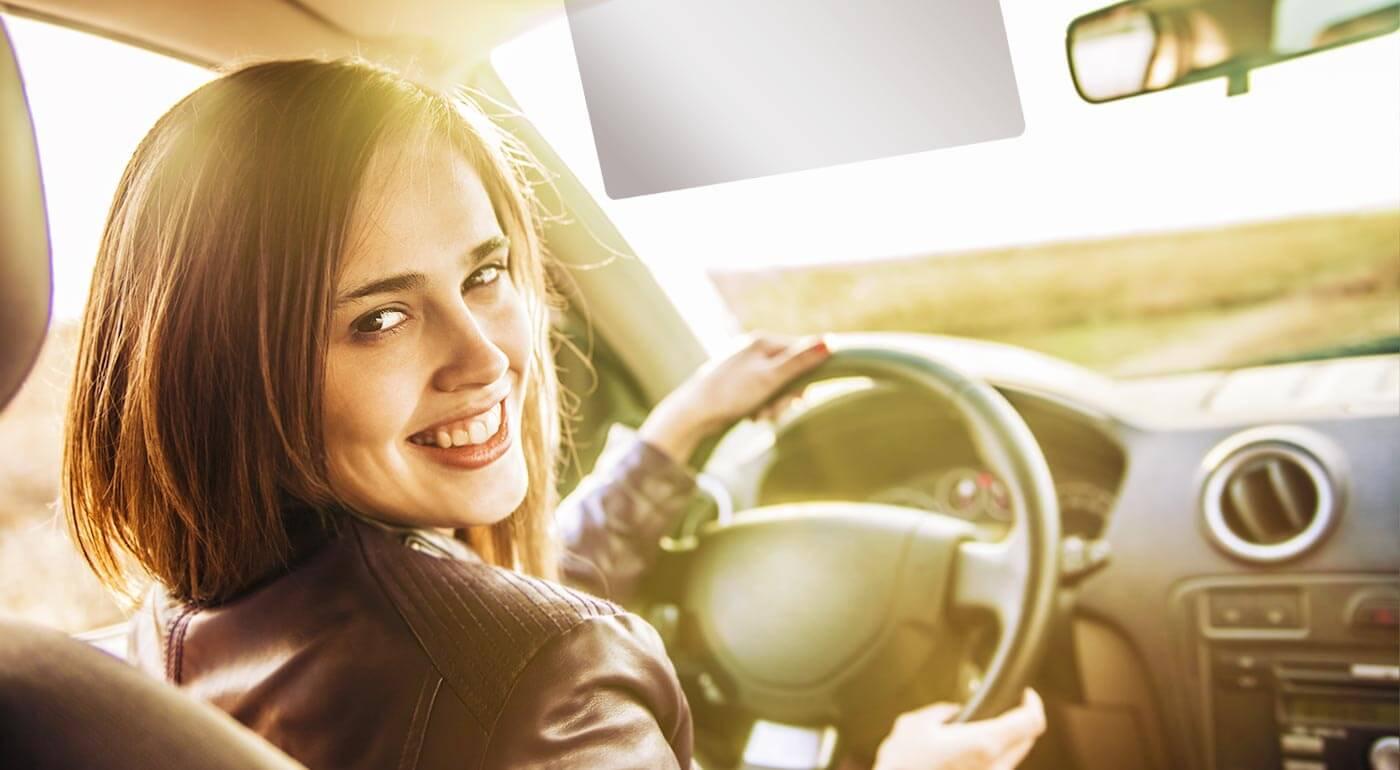Denná a nočná clona do auta pre bezpečnejšiu jazdu