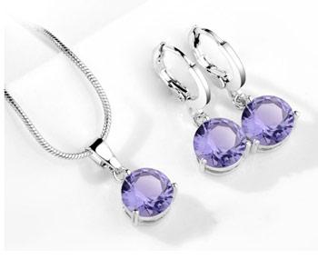 Elegantný  2-dielny set šperkov s brúsenými kryštálikmi - fialová
