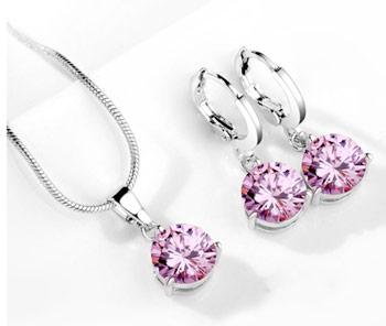 Elegantný  2-dielny set šperkov s brúsenými kryštálikmi - ružová