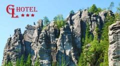 Zľava 36%: Pobyt pre dvoch v Hoteli Grand Luxury *** v severovýchodných Čechách. Spoznajte skalnaté miesta Broumovska a Adršpašských skál. Vyberte si variant s polpenziou či bez a objavujte nové miesta!