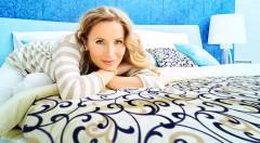 Zľava 37%: Čo je lepšie ako pocit dokonalého oddýchnutia po sladkej, presnenej noci? Zobúdzajte sa tak každé ráno vďaka štýlovým obliečkam až v 6-tich vzoroch.