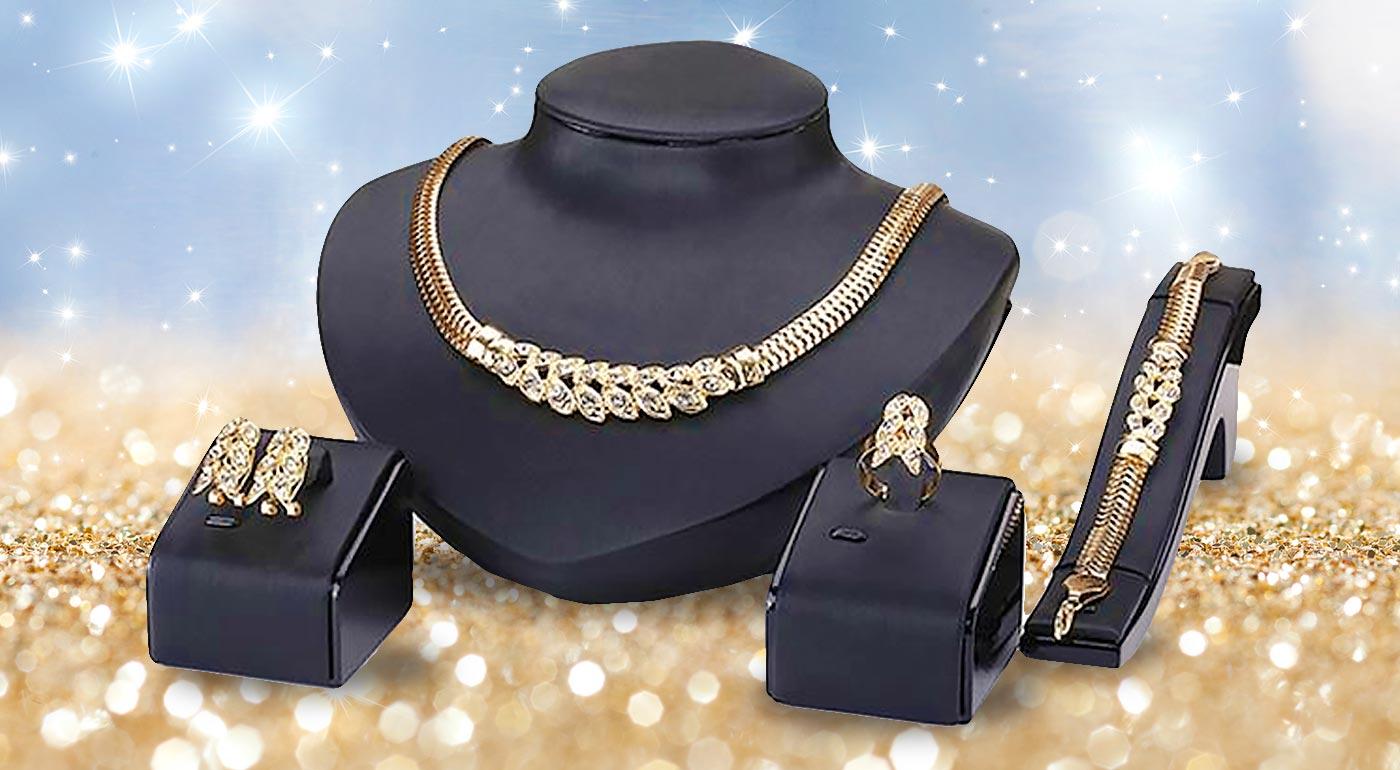 Elegantný 4-dielny set šperkov v zlatej farbe