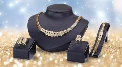 Zľava 40%: Neprehliadnuteľný 4-dielny set šperkov v zlatej farbe, ktorý z vás urobí hviezdu každej spoločenskej udalost. Na výber zo 6 elegantných modelov!