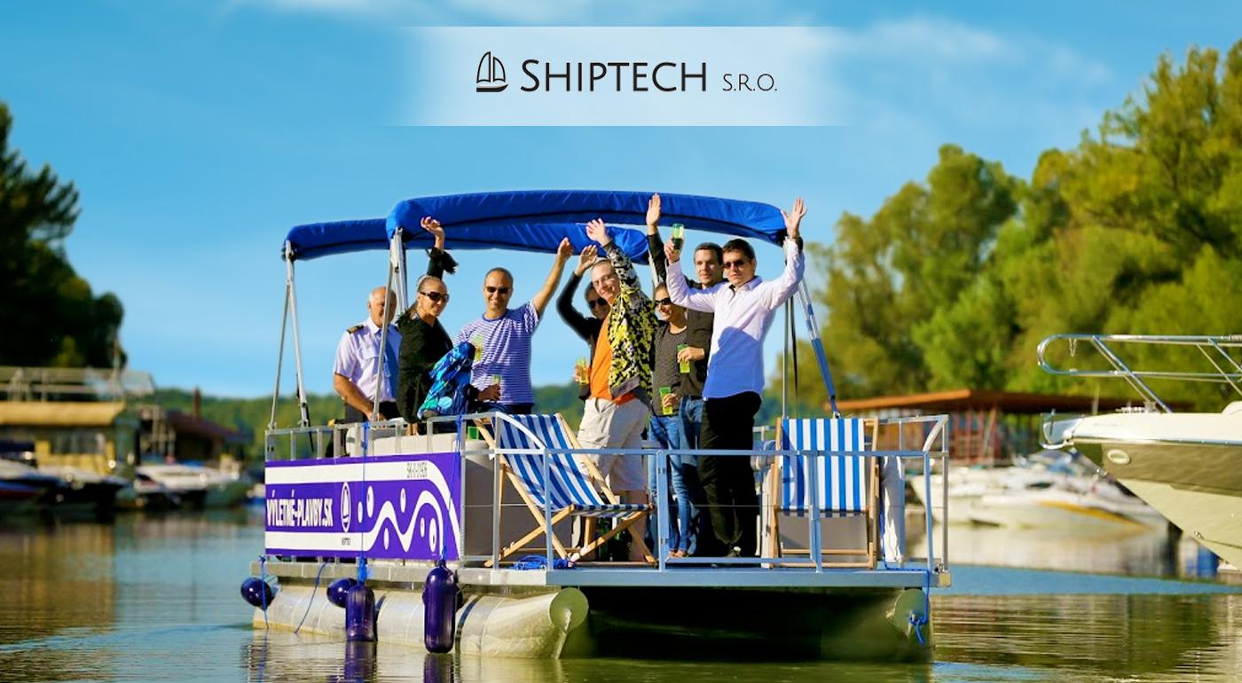 Hodinová plavba výletnou party loďou po Dunaji