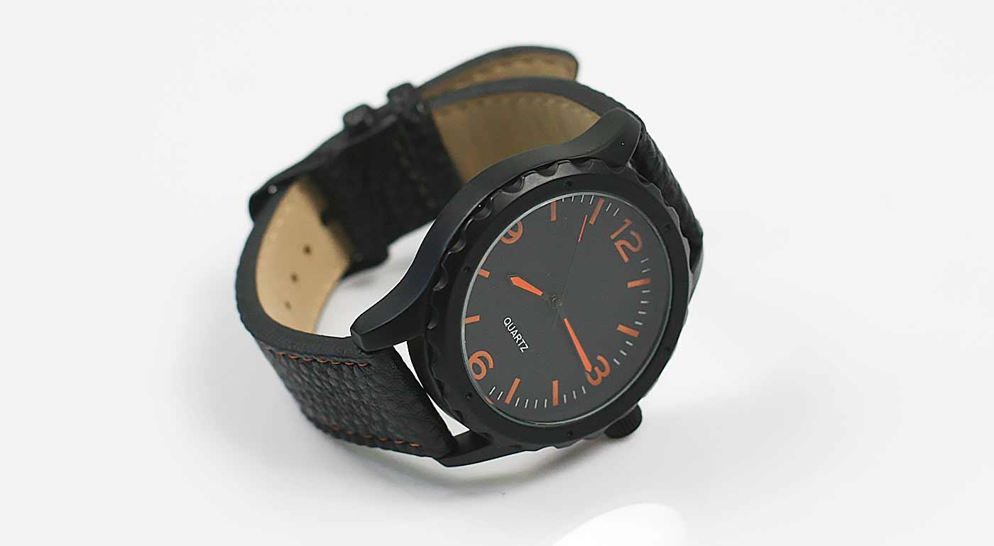 Športovo-elegantné pánske hodinky  075fe11e55