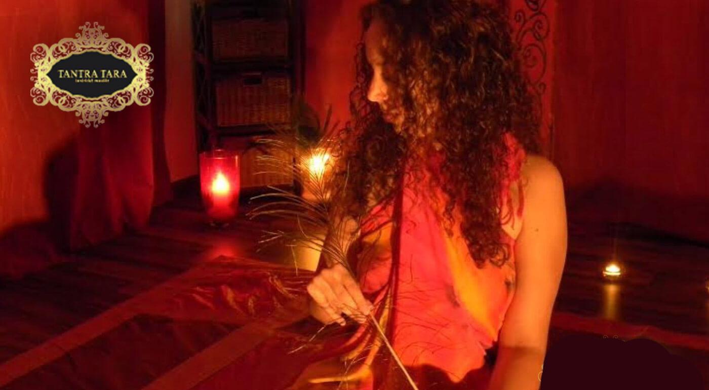 Zmyselná tantrická masáž EXOTIC s esenciou diaľok alebo tradičná tantra masáž CLASSIC