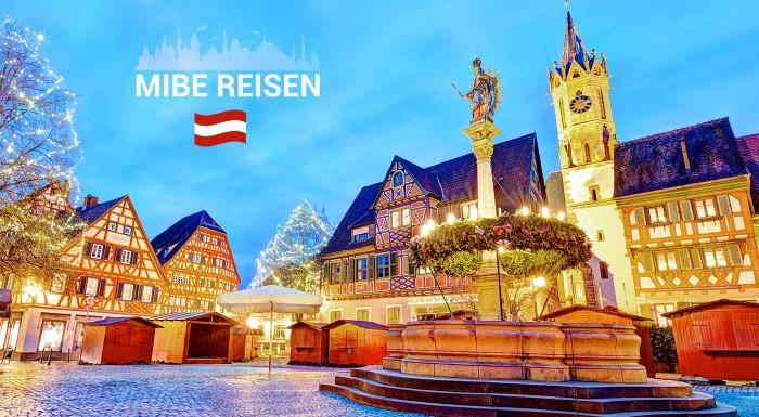 Fotka zľavy: Máte radi tajomstvá stredovekých rádov? Nepremeškajte príležitosť nazrieť za múry najstaršieho kláštora v Heiligenkreuz a prezrite si adventne vyzdobené mestečko Baden.