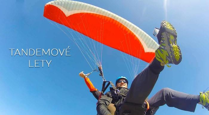 Fotka zľavy: Doprajte si extra dávku adrenalínu pri tandemovom lete na padáku. Vychutnáte si krajinu z vtáčej perspektívy a zažijete nezabudnuteľné chvíle v oblakoch!