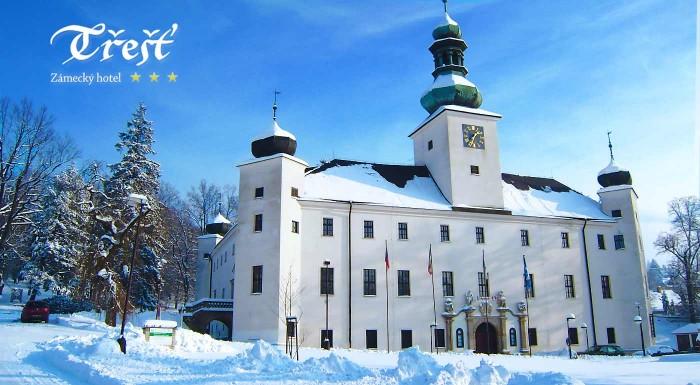Fotka zľavy: Užite si zimnú romancu priamo na zámku! Príďte si vychutnať krásnu prírodu, wellness a nádherné historické centrum mesta Telč. Čakajú vás nezabudnuteľné 3 dni za múrmi zámockého hotela Třešť.