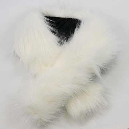 Golier z umelej kožušiny na zapínanie - biela