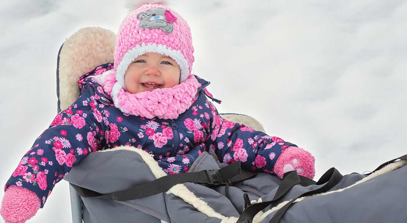 Kovové sánky s fusakom z ovčieho rúna - zimné prechádzky budú odteraz zábavnejšie a pohodlnejšie