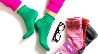 Zľava 65%: S dámskymi termo ponožkami budú vaše nohy v suchu a v teple počas celého dňa. Vyskúšajte super vlastnosti bambusového vlákna - balenie 6 párov v mixe rôznych farieb.