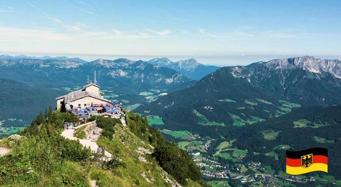 Fotka zľavy: Urobte si jednodňový výlet na chatu samotného Adolfa Hitlera. Orlie hniezdo ponúka neskutočný výhľad na Bavorské Alpy a čaká vás aj plavba po smaragdovom jazere Königsee.