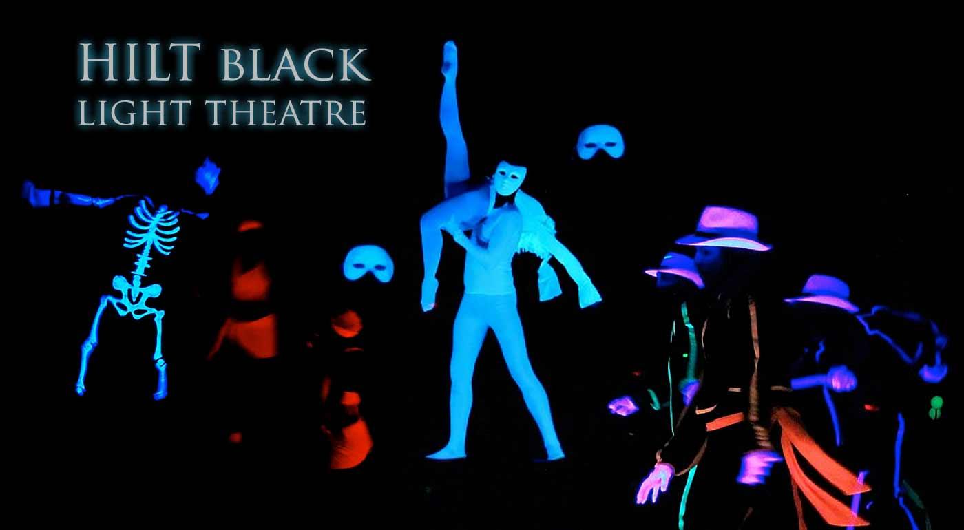 Fotka zľavy: Vychutnajte si hru svetiel a tieňov v čiernom divadle HILT v Prahe. Vyberte si z dvoch magických predstavení Popoluška alebo Fantóm, plných svetelných UV efektov a farieb.