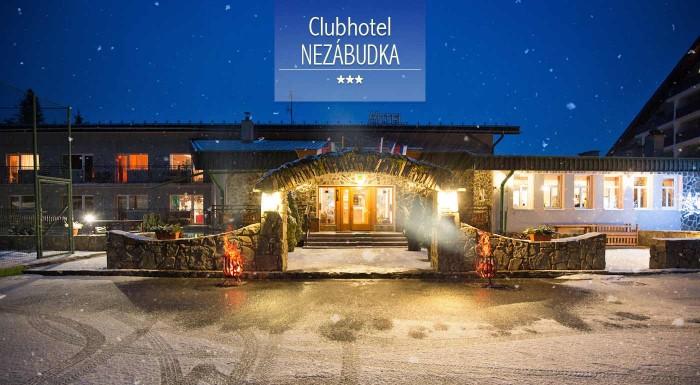 Fotka zľavy: Nezabudnuteľná zima vás čaká v Clubhoteli*** Nezábudka. Vyberte sa prežiť zopár dní v lone prírody so skvelým servisom v podobe polpenzie alebo all inclusive, neobmedzeným wellness a ďalšími službami.